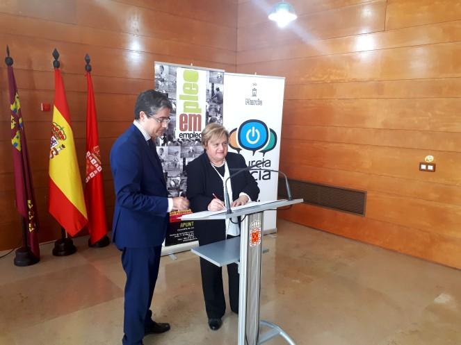 Firma convenio con el Ayuntamiento de Murcia